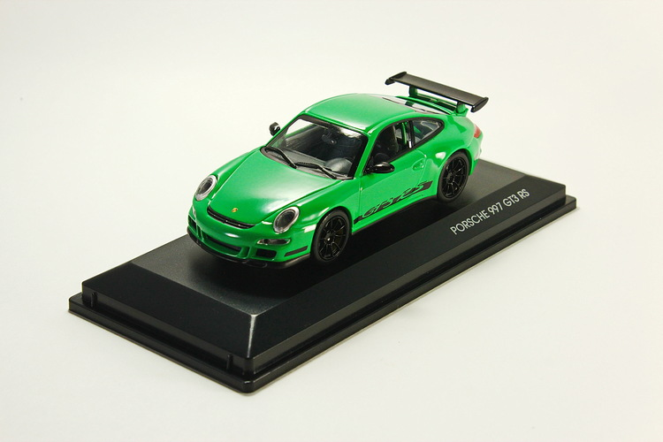 Porsche 997 GT3 RS green/black
