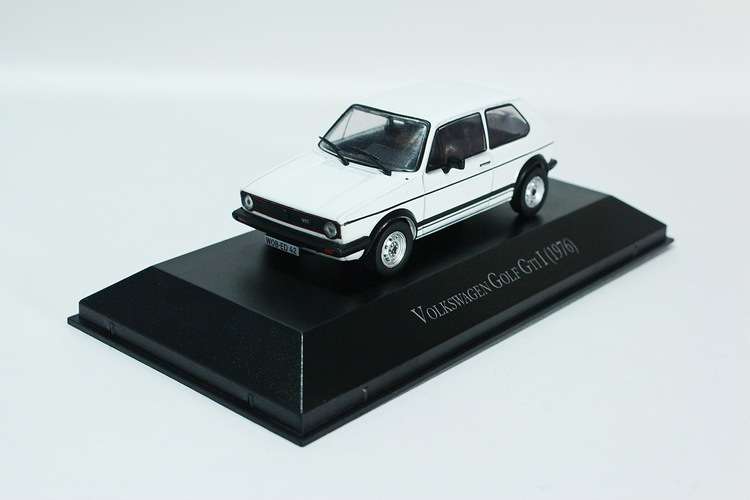 Volkswagen Golf I GTi 1976 white