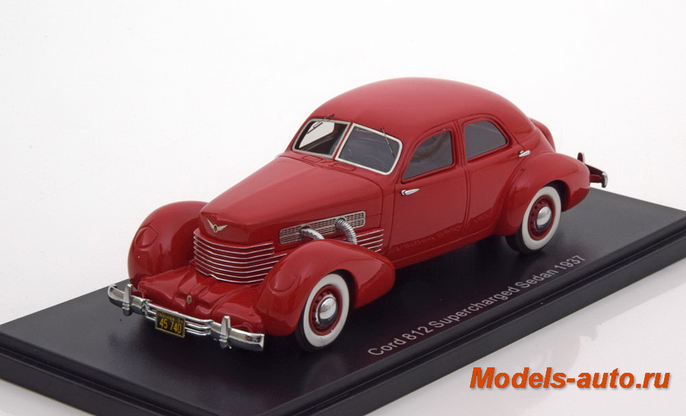 Cord 812 Supercharged Sedan 1937 Red
