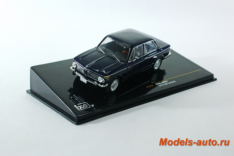 BMW 2002tii 1972 Dark Blue